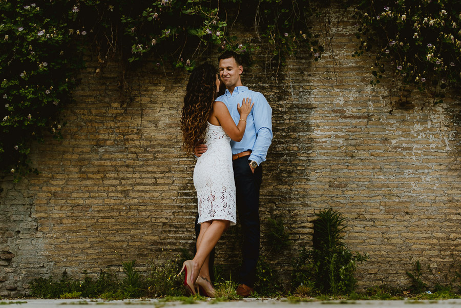 wedding photographer rome engagement session quartiere ebraico