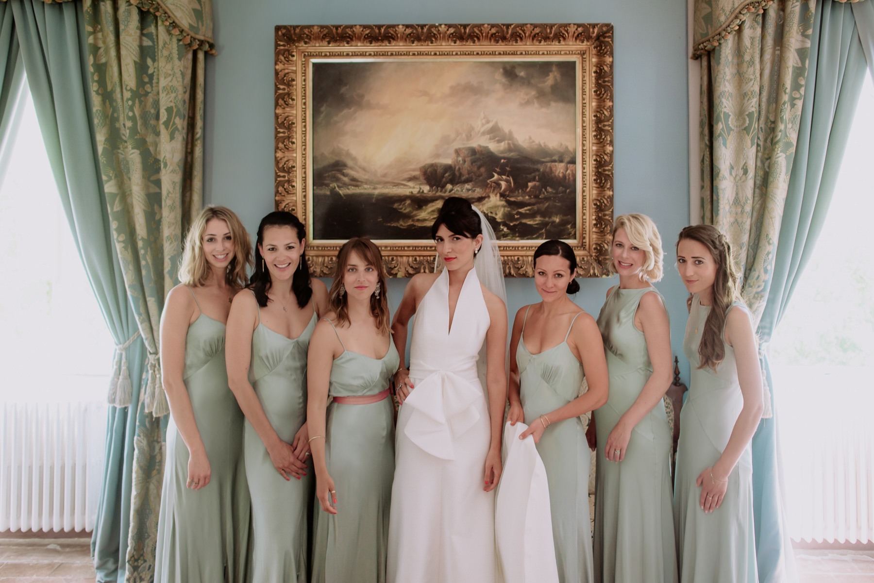 creative wedding photographer tuscany sbride bridesmaids bridal