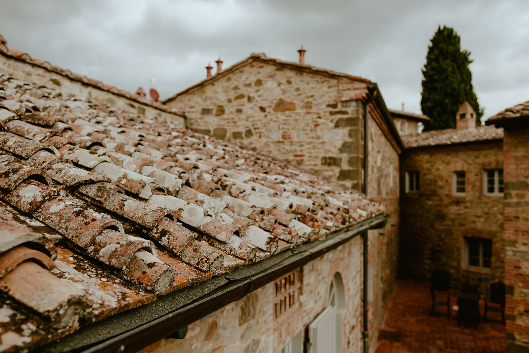 Siena wedding photographer borgo scopeto relais