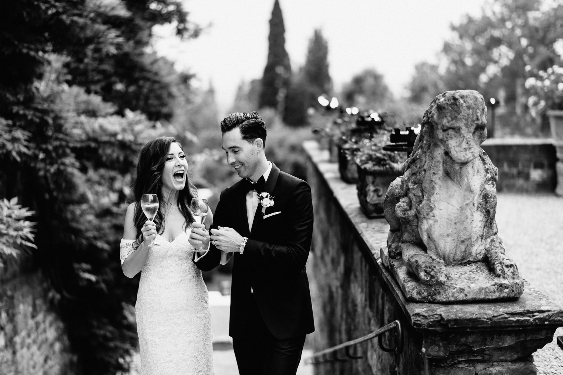 Timeless wedding in Florence Tuscany vincigliata castle outdoor