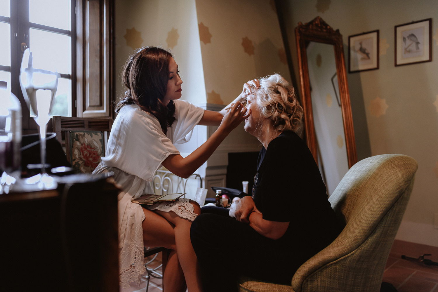 intimate wedding private villa tuscany photographer bride getting ready
