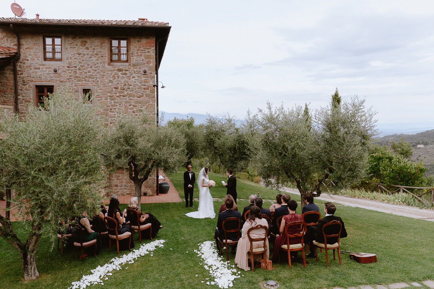 intimate wedding private villa tuscany photographer outdoor wedding ceremony