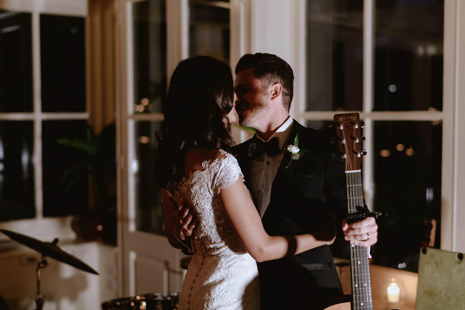 intimate wedding private villa tuscany photographer groom serenade