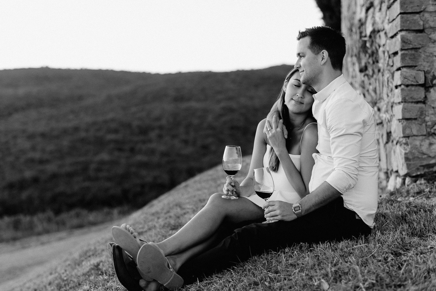 engagement photographertuscany rosso di montalcino intimate wine tasting for two