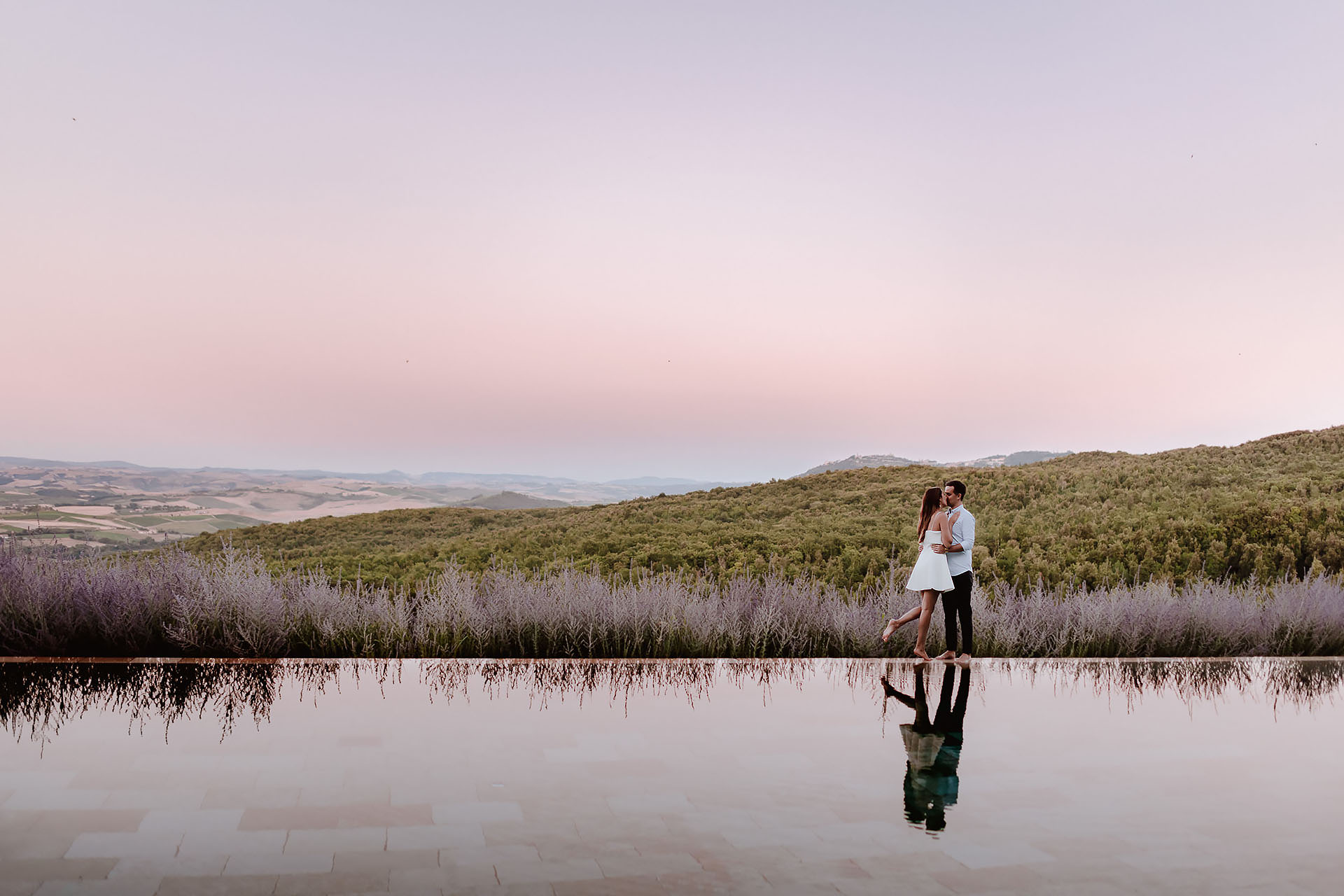 Engagement Photographer Tuscany