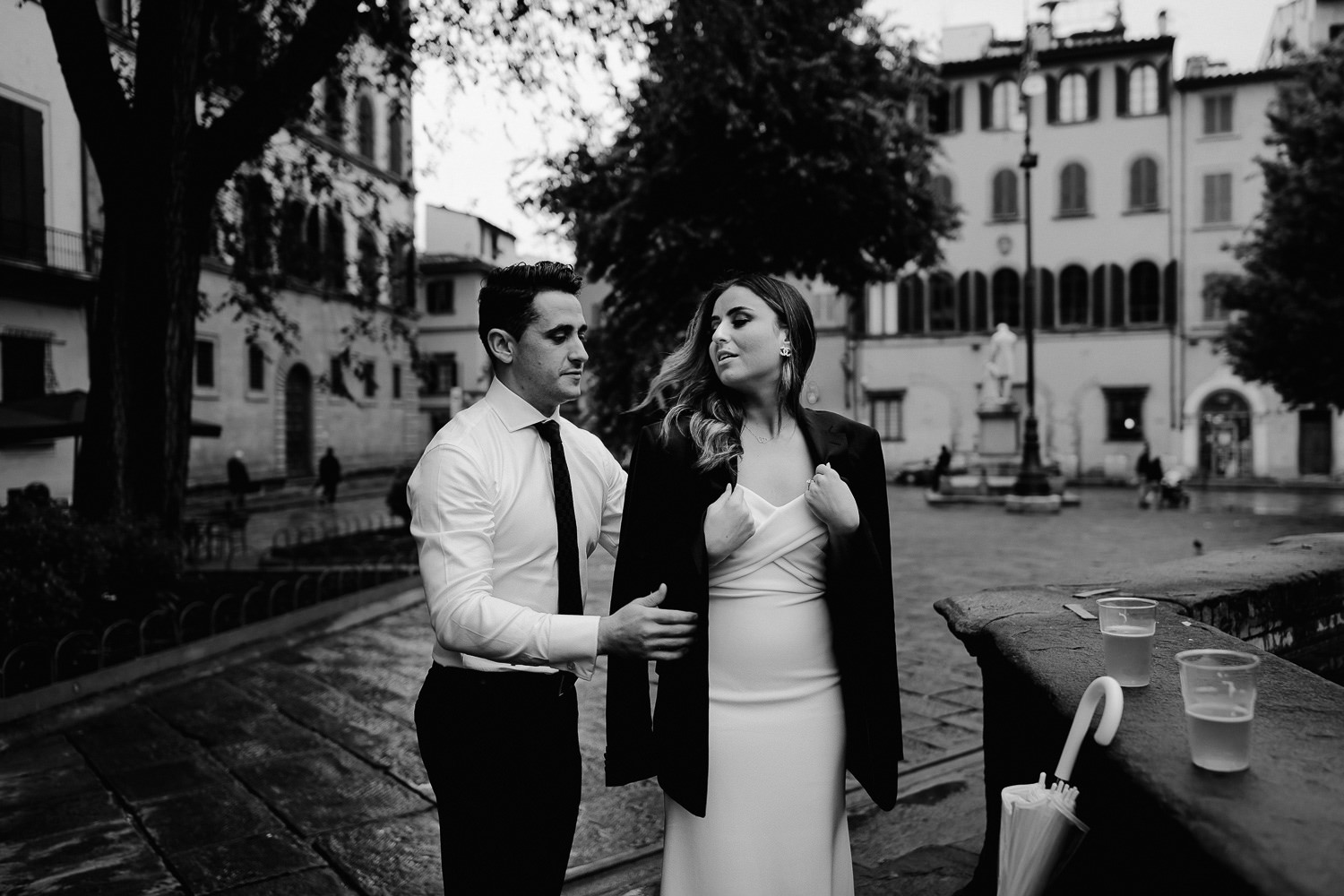 elopement photographer florence candid intimate romantic natural photos