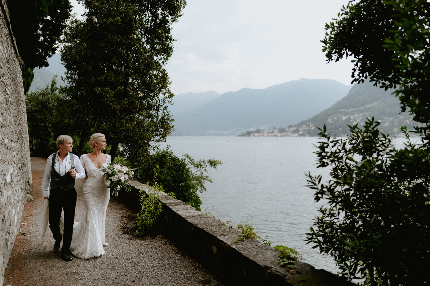 lake como wedding photographer villa pizzo bridal couple intimate session photos