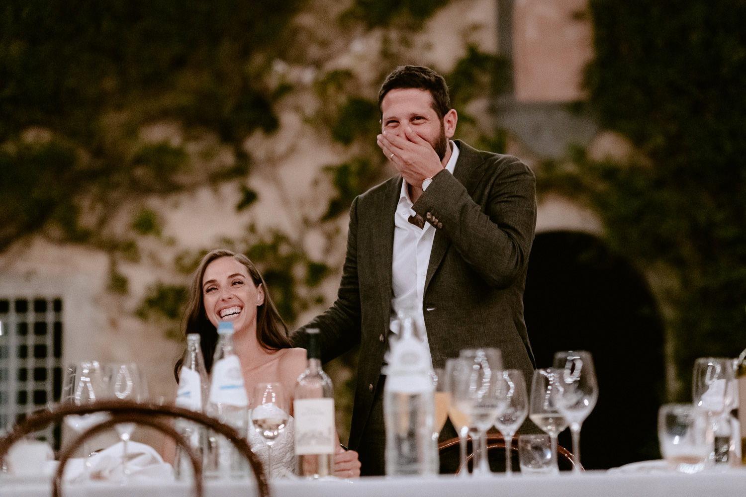 villa catignano wedding photogprapher outdoor al fresco dinner reception touching speeches