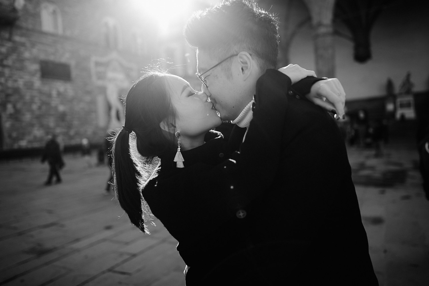 pre wedding photos in florence chasing the florentine light