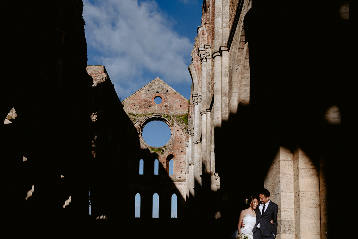 wedding at San Galgano abbey best photography